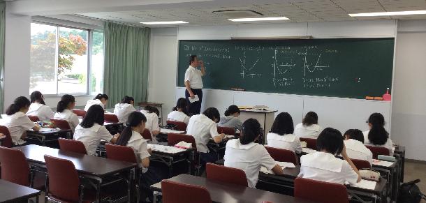 到着した日の午後も、早速講義が行われました。