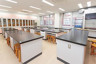 化学・生物室